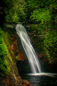 18. Courthouse Falls, NC