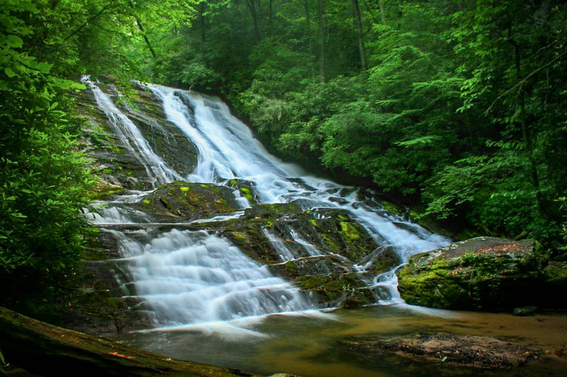 17. Cathey's Creek Falls, NC