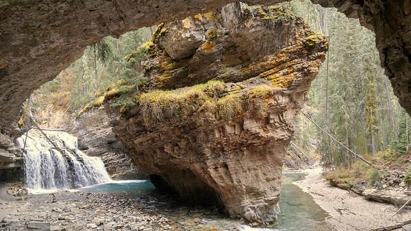 CavernFalls08