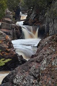 Upper Caribou Falls