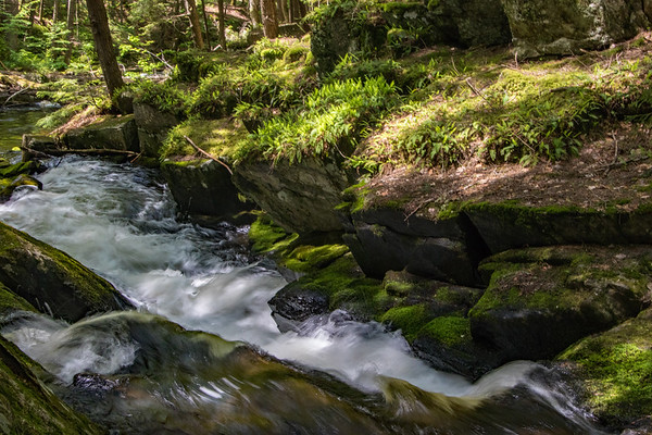 waterfall              f  sm        10