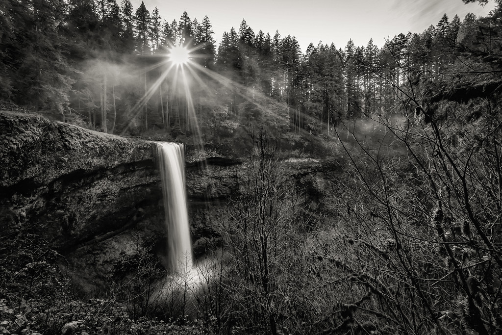 Silver Falls in the sunlight (B&W version)