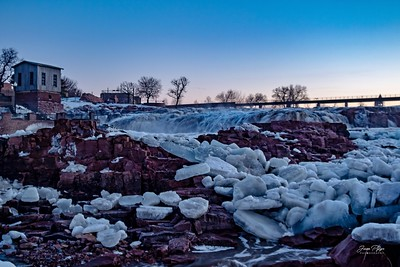 Falls park in Sioux Falls, South Dakota.   Enjoy and hold hands.