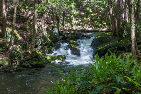waterfall        sm                7
