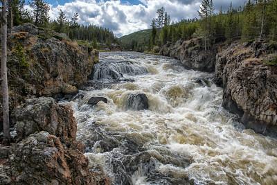 Firehold River Cascades