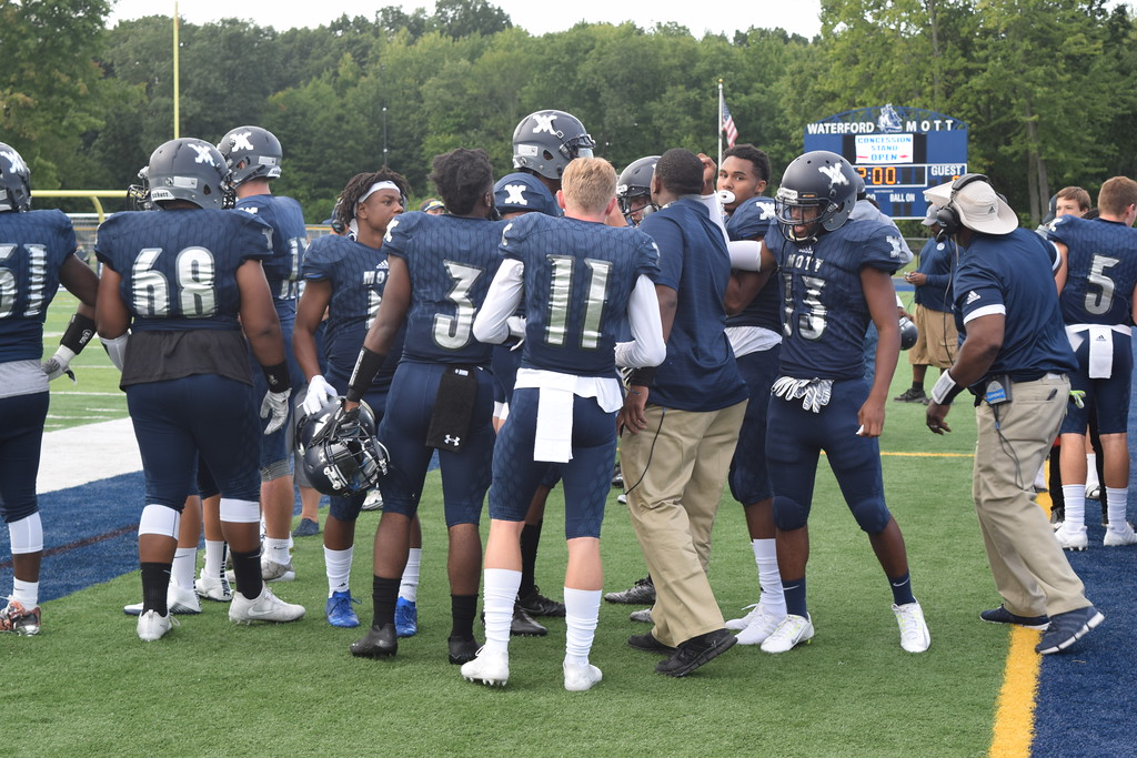 . Waterford Mott defeated Milford, 48-0, on Thursday night in Lakes Valley Conference action. (Photo by Paula Pasche)