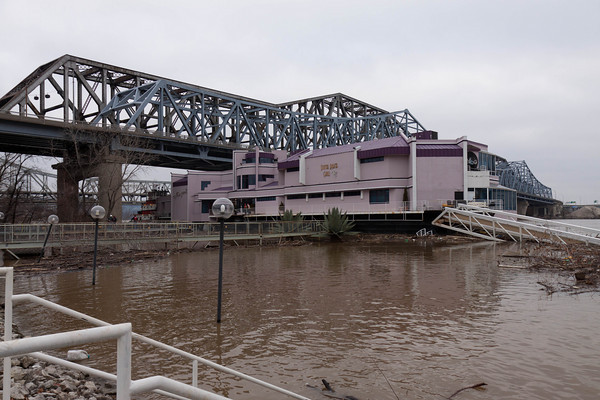 Waterfront Restaurant and Ohio River