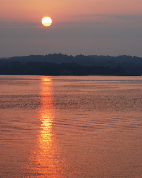 Fort Loudoun Sunrise<br /> <br /> <br /> Fort Loudoun lake in August. The hills and trees show up nice in this shot.