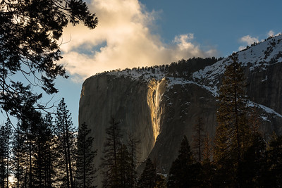 Firefall golden hour light, Yosemite National Park