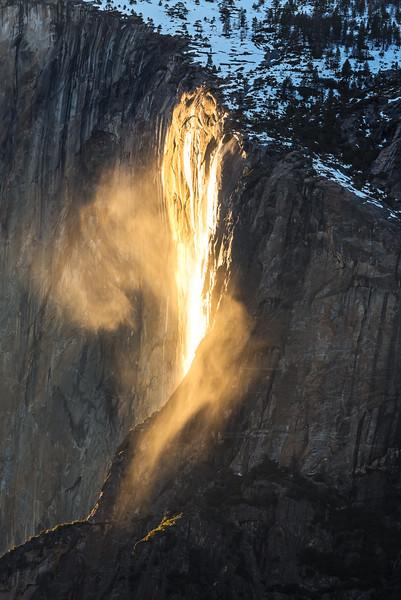 Firefall mist, Yosemite National Park
