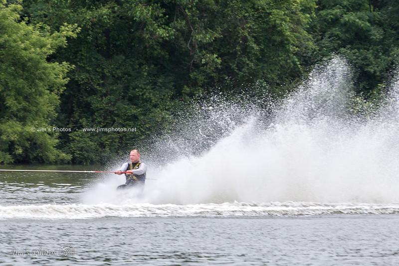 ski-6005