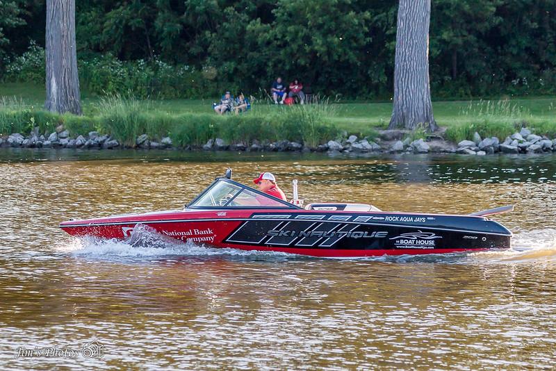 ski-4253