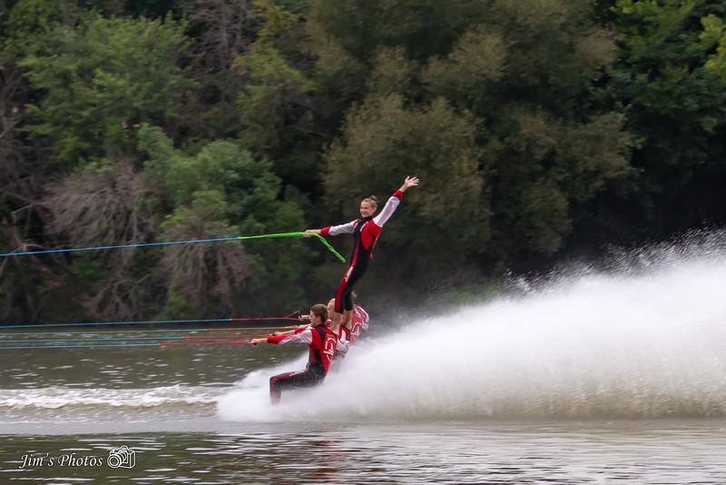 ski-9504