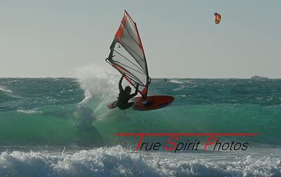Kitesurfing & Windsurfing_19 11 2011_32