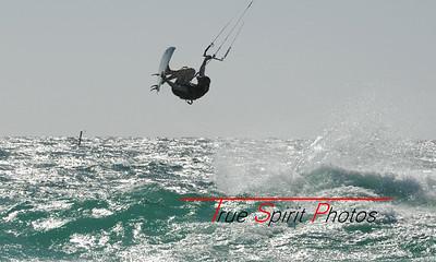 Kitesurfing_&_Windsurfing_08 01 2012_98