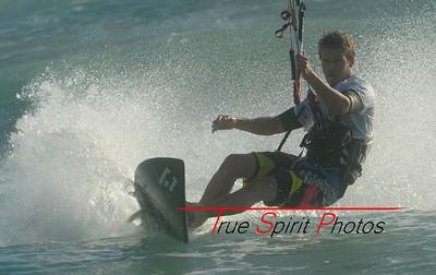 Kitesurfing & Windsurfing_19 11 2011_36