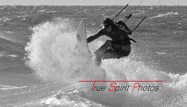 Kitesurfing_&_Windsurfing_08 01 2012_103