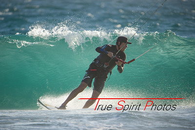 Kitesurfing_November_2014_April_2015_04 03 2015-734