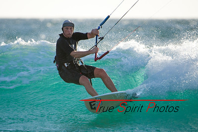 Kitesurfing_November_2014_April_2015_04 03 2015-739