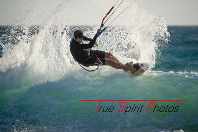 Kitesurfing_November_2014_April_2015_04 03 2015-731
