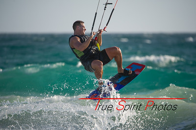 Kitesurfing_November_2014_April_2015_04 03 2015-744