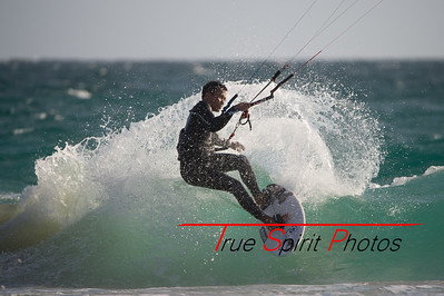 Kitesurfing_November_2014_April_2015_04 03 2015-718