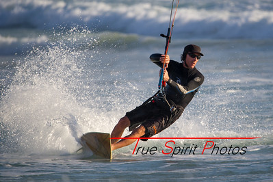 Kitesurfing_November_2014_April_2015_04 03 2015-741