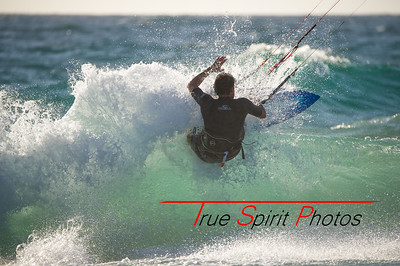 Kitesurfing_November_2014_April_2015_04 03 2015-720