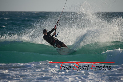 Kitesurfing_November_2014_April_2015_04 03 2015-730