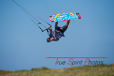 Kitesurfing_The_Pond_with_Team_#North_04 01 2015 -5