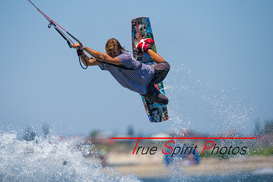 Kitesurfing_The_Pond_with_Team_#North_04 01 2015 -2