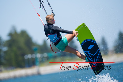 Kitesurfing_The_Pond_with_Team_#North_04 01 2015 -26