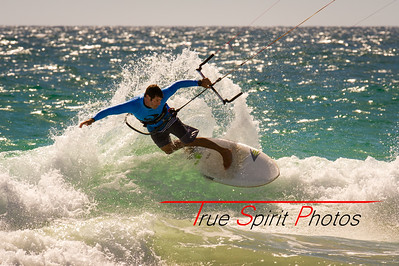 WAKSA_State_Wave_Riding_Titles_16 11 2014 -22