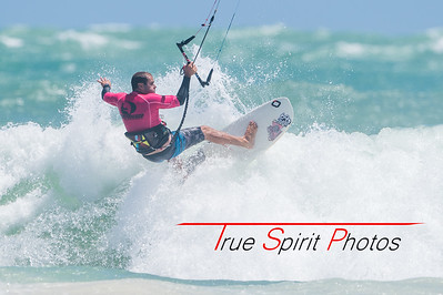 Gallery#2_LOC_Kitesurf_Wave_Competition_13 01 2017-10