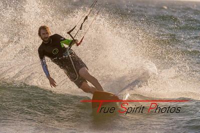 Kitesurfing_Oct_2016_to_April_2017-1539