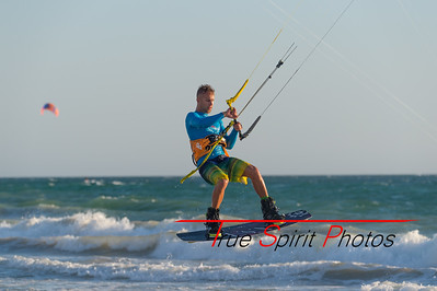 Kitesurfing_Oct_2016_to_April_2017-1540