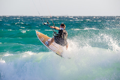 General_Kitesurfing_Oct2018_to_March2019_-2757