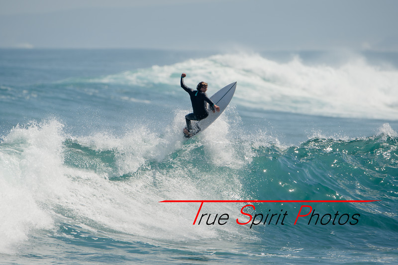 Surfing_Margaret_River_Gracetown_27 10 2019-31