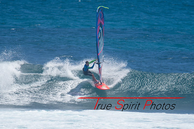 Windsurfing_WA_2016_Final_Trim_Bobcat_Margret_River_Wave_Classic_06 02 2016-10