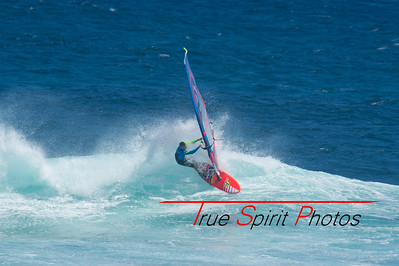 Windsurfing_WA_2016_Final_Trim_Bobcat_Margret_River_Wave_Classic_06 02 2016-7