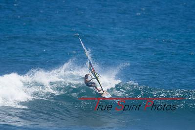 Windsurfing_WA_2016_Final_Trim_Bobcat_Margret_River_Wave_Classic_06 02 2016-19
