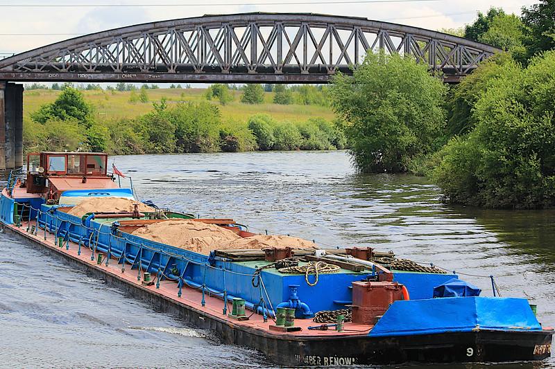 River Aire – Castleford