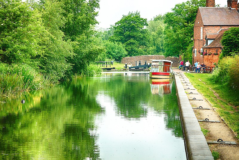 Birmingham & Fazeley Canal – Bodymoor Heath