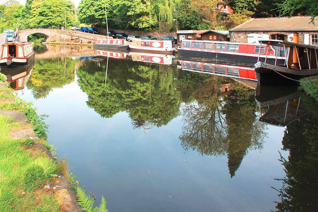 Edinburgh & Glasgow Union Canal – Linlithgow
