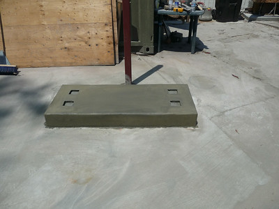 The new concrete pedestal for the planter.