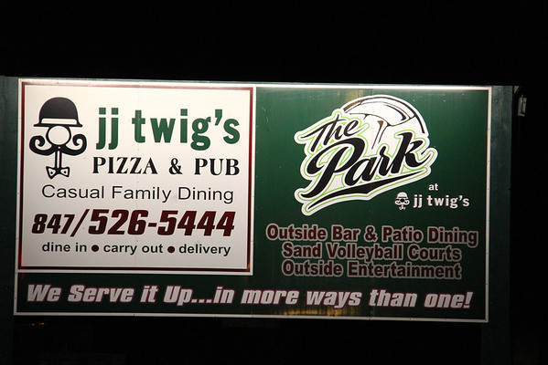 JJ Twig's - Wauconda Fall Crawl