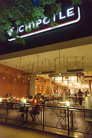 Waverly - Dines Out - Chipotle - Nov '17