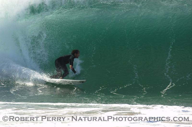 surfing 2007 10-22 Zuma -- 110