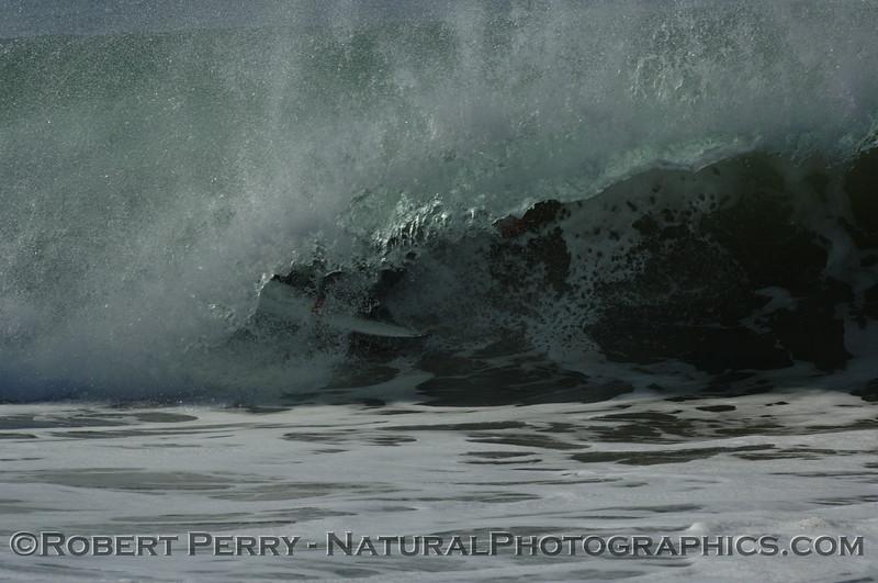 surfing 2007 10-22 Zuma -- 150