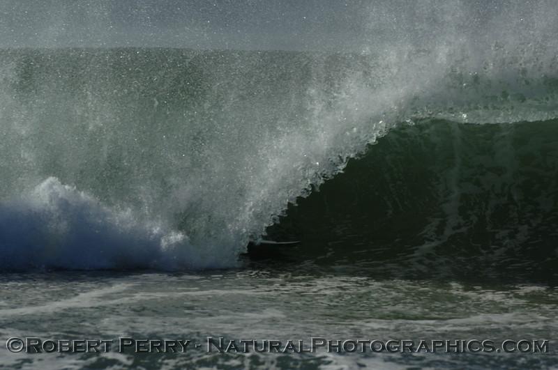 surfing 2007 10-22 Zuma -- 197
